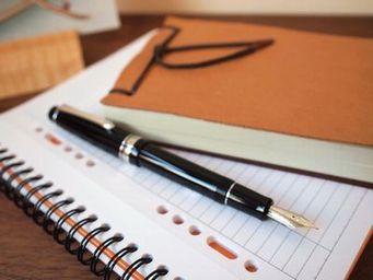 ペンのシンプルなデザインについて考える