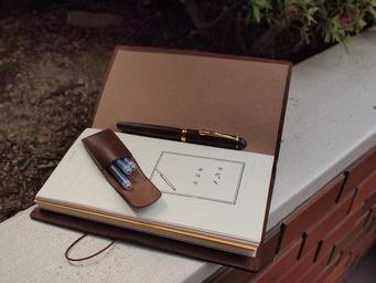 旅に携える万年筆