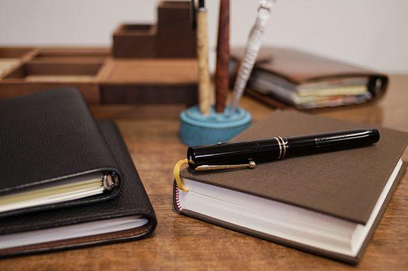 用途によって使い分けるノートと手帳