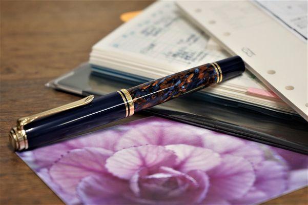 筆文葉の新リフィルとペリカン限定万年筆